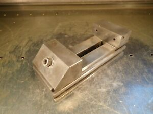 Ralmike s 042 a Precision Toolmakers Grinding Vise 3 Jaws Open 4 1 8 Used