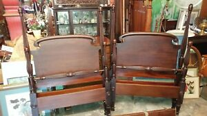 2 Antique Mahogany Twin 4 Post Beds With New Mattresses Beautiful