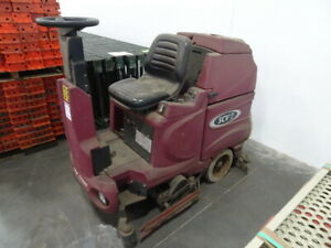 Minuteman 36v Electric Battery Operated Ride on Floor Srubber scv 28 32