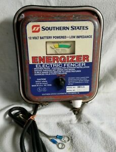 Southern States Parmak Fence Charger Fencer Model 300 Used 12 Volr Dc