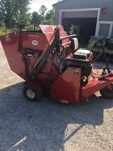 Toro 5400hl Lawn Turf Sweeper Great Spring Fall Cleanups 430 Hrs 7500