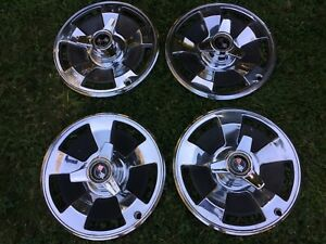 1966 Corvette Original Wheel Covers With Spinners 9 Total