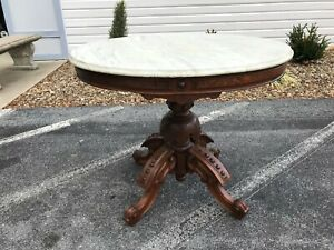 Antique Victorian Thomas Brooks Renaissance Walnut Oval Marble Top Table