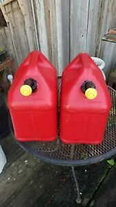 Two 2 Blitz 5 Gallon Plastic Gas Cans Vented Spouts W Caps W New Vents