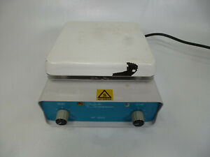 Lab Companion Model Hp 3000 Magnetic Hot Plate Stirrer 7 x7 1 500 Rpm
