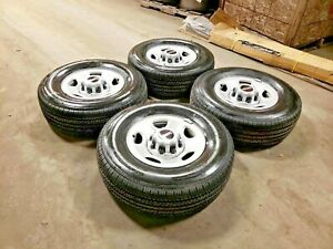Oem Gmc Chevy Truck Van 16 8 Lug 6 5 Steel Wheels And Tires New Takeoffs