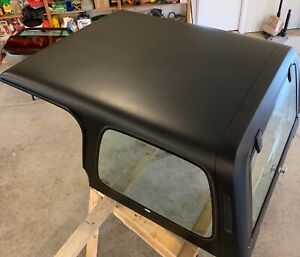 1988 Jeep Wrangler Hard Top original rear Window Opens latches