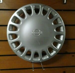 One Factory 1995 To 1998 Nissan Sentra 13 Inch Hubcap Wheel Cover
