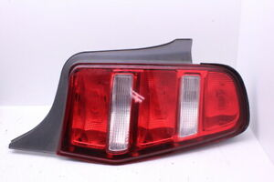 2010 2012 Ford Mustang Right Passenger Tail Light Lamp Ar33 13b504