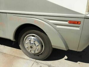 06 Fleetwood Southwind Rv Motorhome Right Front Wheel Fender Flare 57x25 Approx