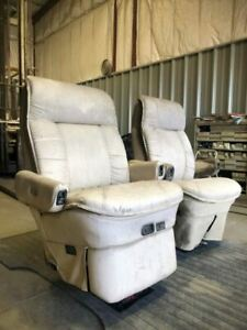 06 Fleetwood Providence Rv Motorhome Used Flexsteel Captains Chair Seat Pair