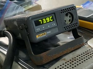 110v Ac Fluke 9100s Block A Handheld Dry Well 35 c 375 c Temperature Calibrator