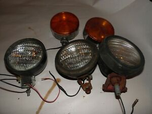 New Holland 903 Self Propelled Haybine Lights