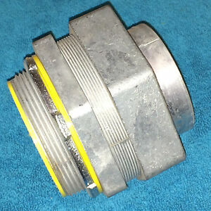 New Cooper Crouse Hinds 3 1 2 Sealtite Liquidtight Straight Connector