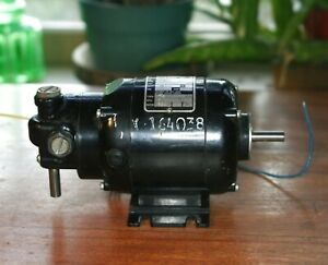 New Bodine Electric Co Small Angle Gear Motor 230 Volt Nse 12r