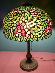Beautiful Antique Mosaic Table Lamp With Stained Leaded Glass Shade