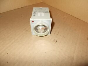 Lot Of 2 Omron H3ba 8 Timer 100 110 120vac 50 60hz H3ba8