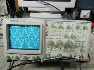 Tektronix 2445b 150mhz 4 Channel Oscilloscope In Fine Condition