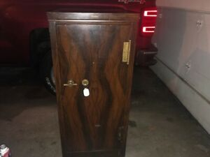 Rare Antique Globe Wernicke 48 Cabinet Safe Must See