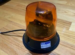 Ecco 5800 Series Magnetic Mount Low Profile Rotating Amber Beacon Light 12 Volt