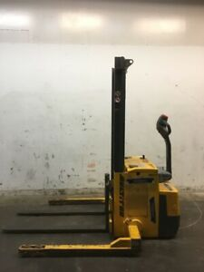 Multition Mic Corp Sw 22 62 Straddle Stacker
