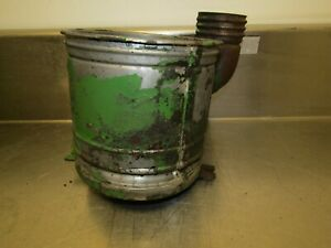 John Deere Unstyled A Tractor Air Cleaner Bowl Aa791r 25792