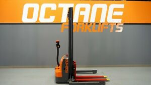 Octane Ws16 3300lb Electric Walkie Stackie Discount Forklift