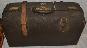 Antique 1926 Leather Milock Suitcase Milwaukee Stamping Co W Key Doctors Bag