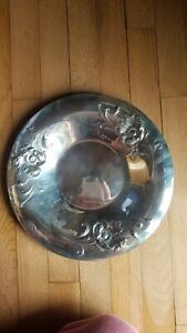 Vintage Oneida Usa Silver Plated Round Serving Tray