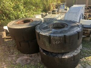 30 Wheel Loader Solid Rubber Tires And Wheels 14 Lugs