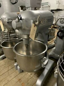 Hobart 20 Qt Mixer With S s Bowl And Attachments