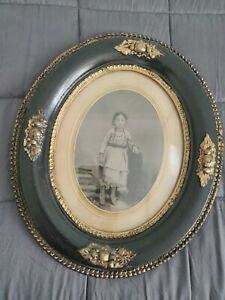 Antique Oval Wood Gesso Frame Young Girl Photo 15x12 Frame Opening Is 7 5