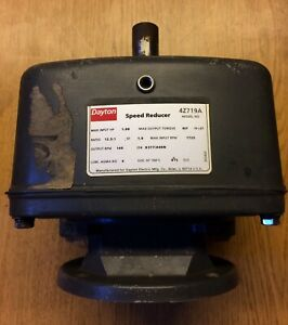 Dayton 4z719a Inline Speed Reducer Never Used old Stock