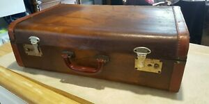 Vintage Antique Leather Trunk Suitcase Wwii Era Movie Props Or Stage Props