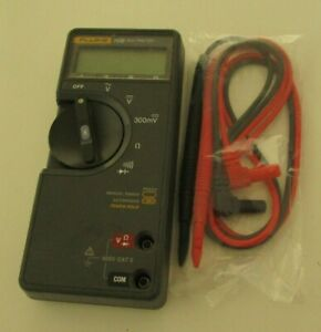 Fluke 70 Series Ii Multimeter Calibrated With Test Leads