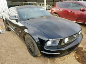 Driver Front Seat Bucket With Sport Type Cloth Fits 05 07 Mustang 1297937