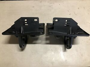 2004 Dodge Ram 2500 3500 Left And Right Front Bumper Brakets