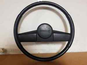 Nice Used 1985 1986 Chevrolet S10 Or Astro Steering Wheel horn Button 17980100