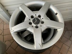 Mercedes Genuine W209 Amg 7 5 X 17 Rim Oem A1714011402 Set Of 4 With 3 Tires