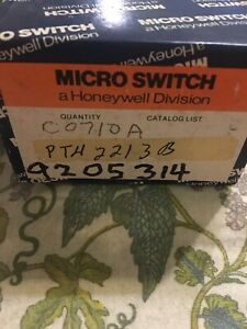 Honeywell Pth2211 Lighted Push Button 120v Micro Switch Ptcb With Lense9205314