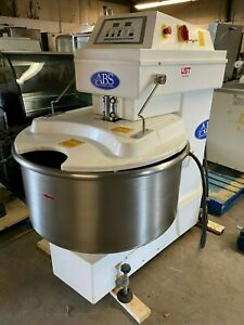 Sinmag Abs Sm 200t Spiral Bakery Floor Dough Mixer 220 Volt 3 Phase tested