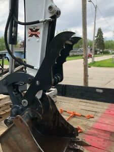 Bobcat E26 Long Arm Hydraulic Thumb Attachment Pin On Complete Kit