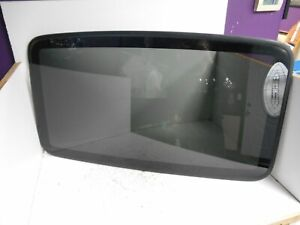 2002 Chrysler 300 Sun Roof Moon Roof Glass Only P5542