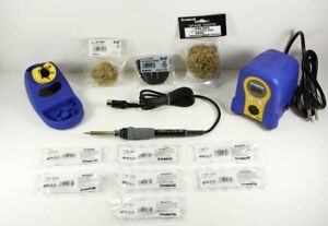 Hakko Fx888d 23by Soldering Station W 7 Tips T18 b bl i d24 d32 c05 s7 599 029