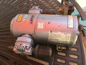 Gast 3lba 32 m00x Piston Air Compressor Vacuum Pump Used In Working Condition