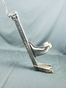 Vintage Car Truck Jack Cast Auto Wagon Vehicle Lift Accessory
