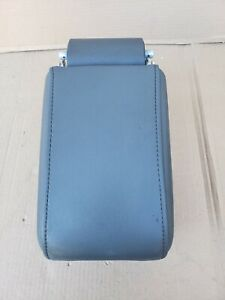 2003 2007 Cadillac Cts Oem Front Armrest Arm Rest Center Console Gray