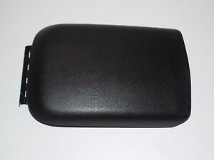 05 09 Ford Mustang Armrest Arm Rest Console Lid Black Leather Charcoal