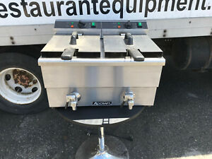 Adcraft Df 12l 2 Double Tank Electric Countertop Deep Fryer With Faucet