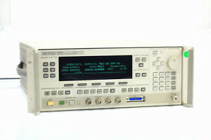 Hp agilent 83622a Synthesized Signal Generator 2 To 20ghz Sweeper 2
